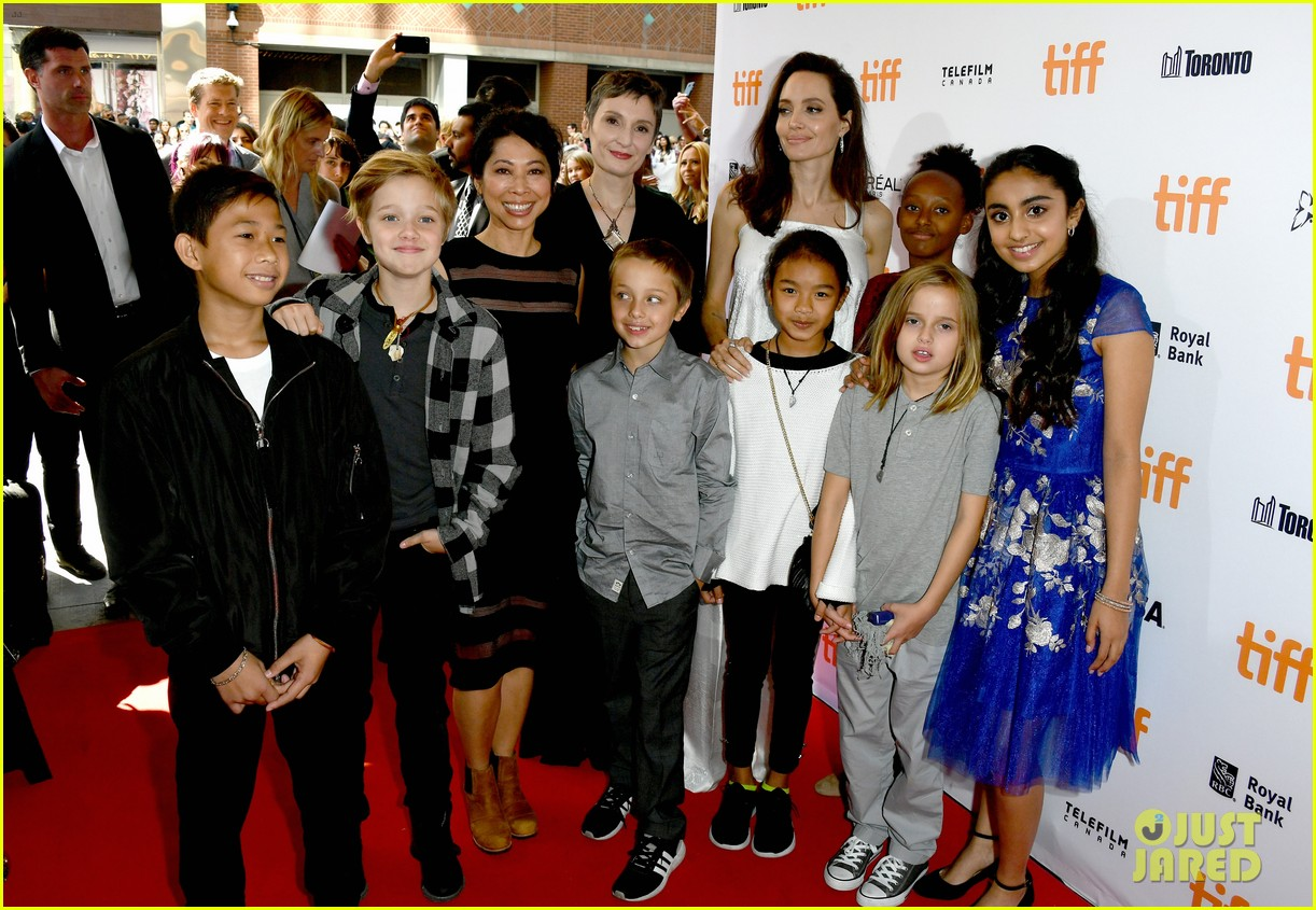 angelina jolie brings kids red carpet tiff 053954329