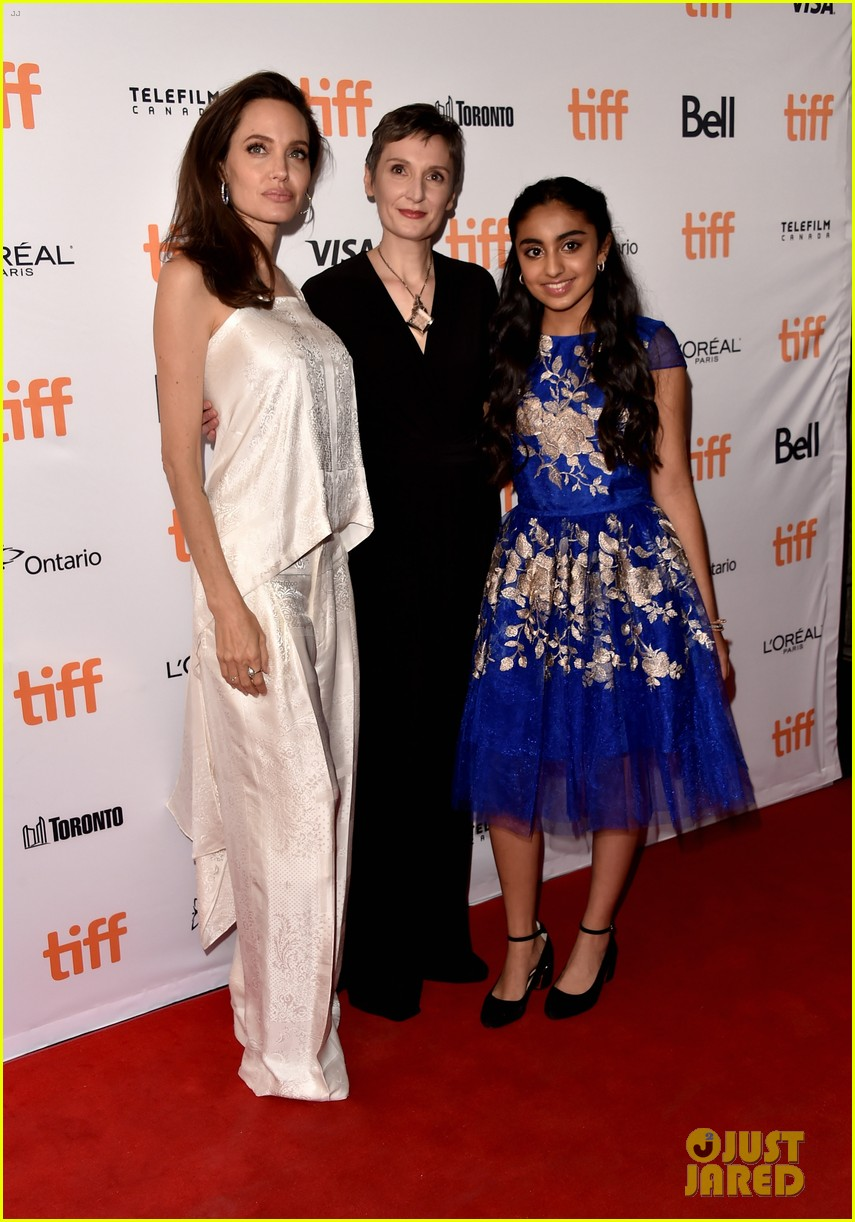 angelina jolie brings kids red carpet tiff 223954346