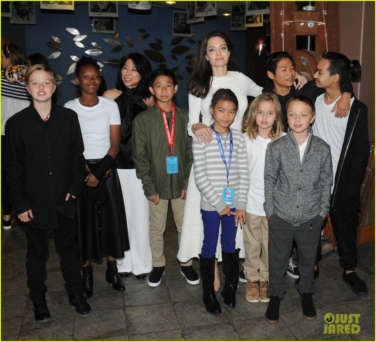angelina jolies six kids look so grown up at telluride film fest 013949762