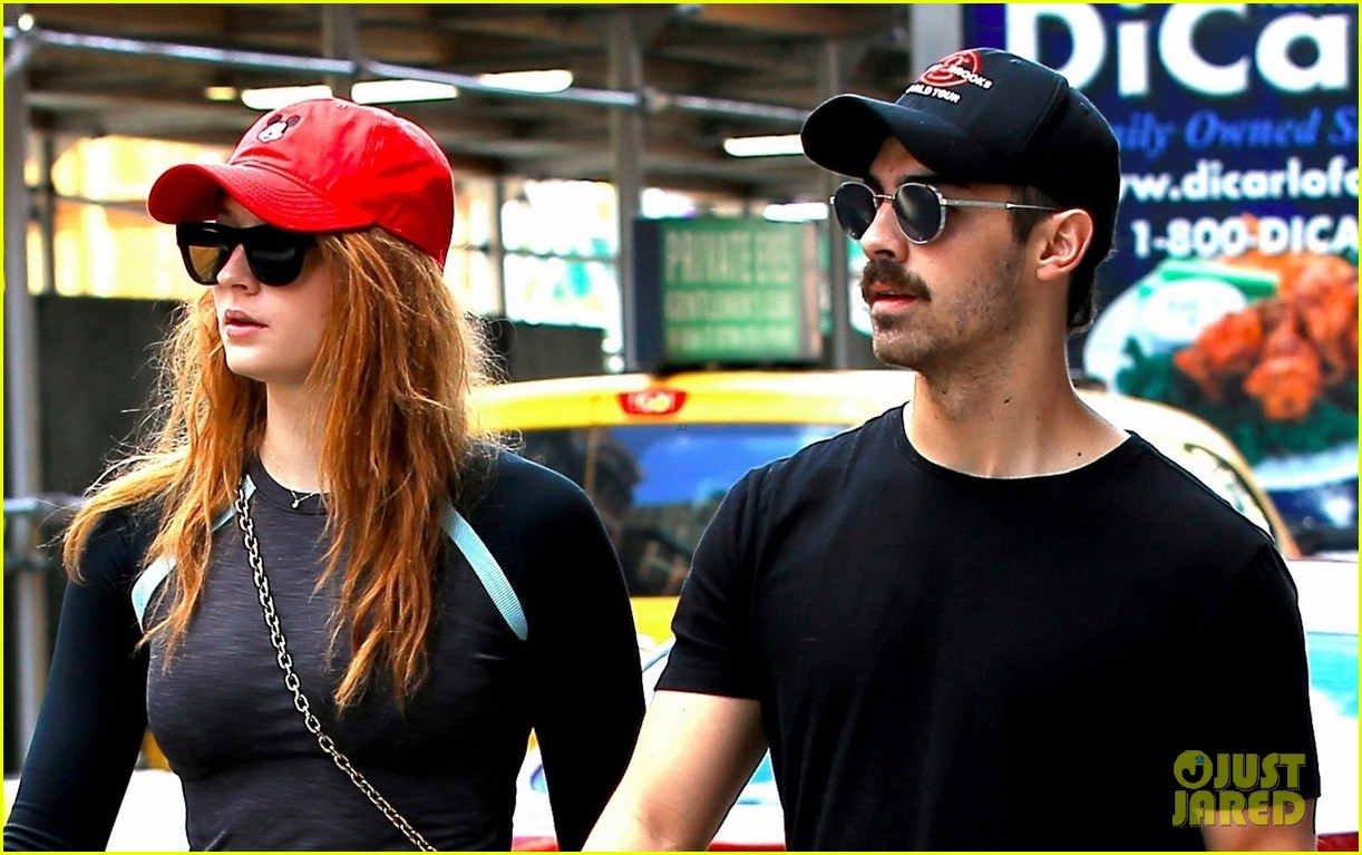 joe jonas sophie turner and their dog step out in coordinating outfits 043953749