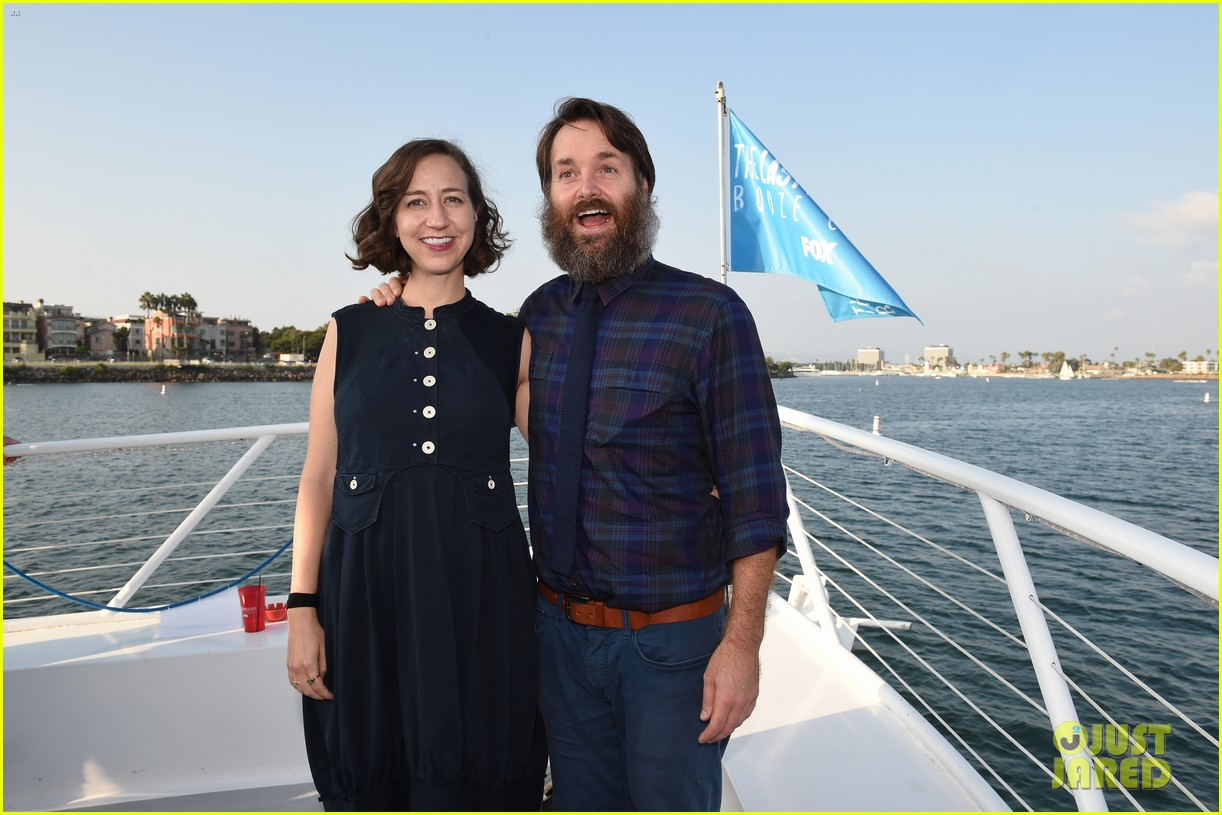 january jones will forte celebrate last man on earth season 4 with cast cruise party 053961265