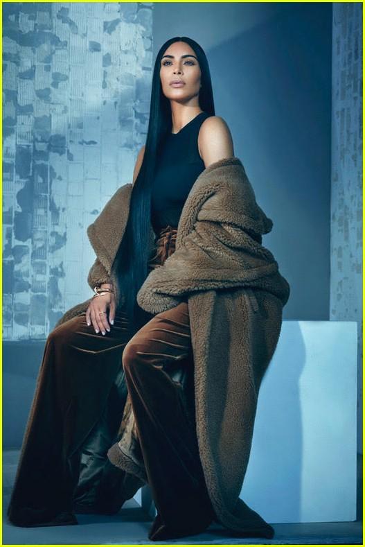 kim kardashian t magazine singapore 01