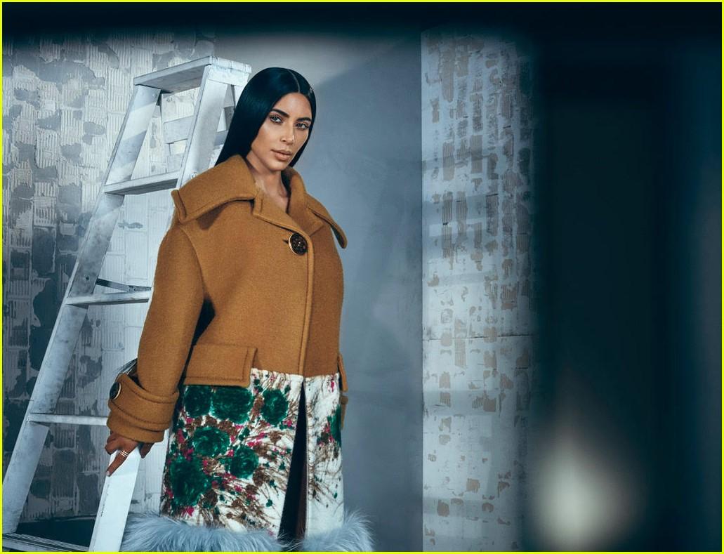 kim kardashian t magazine singapore 083964247