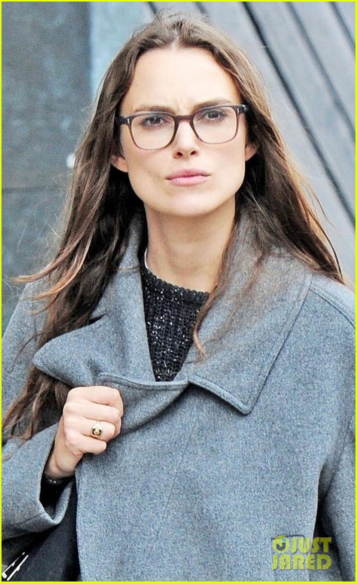 Keira Knightley Keeps It Casual to Run Errands in London ... Keira Knightley