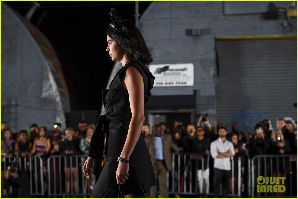 kim kardashian kris jenner watch kendall alexander wang 023954108