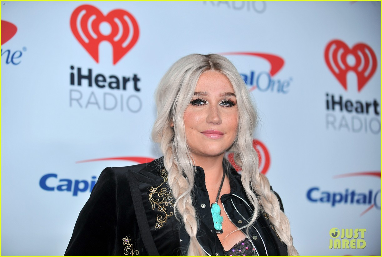 kesha has lots of surprises for iheartradio festival 023963087