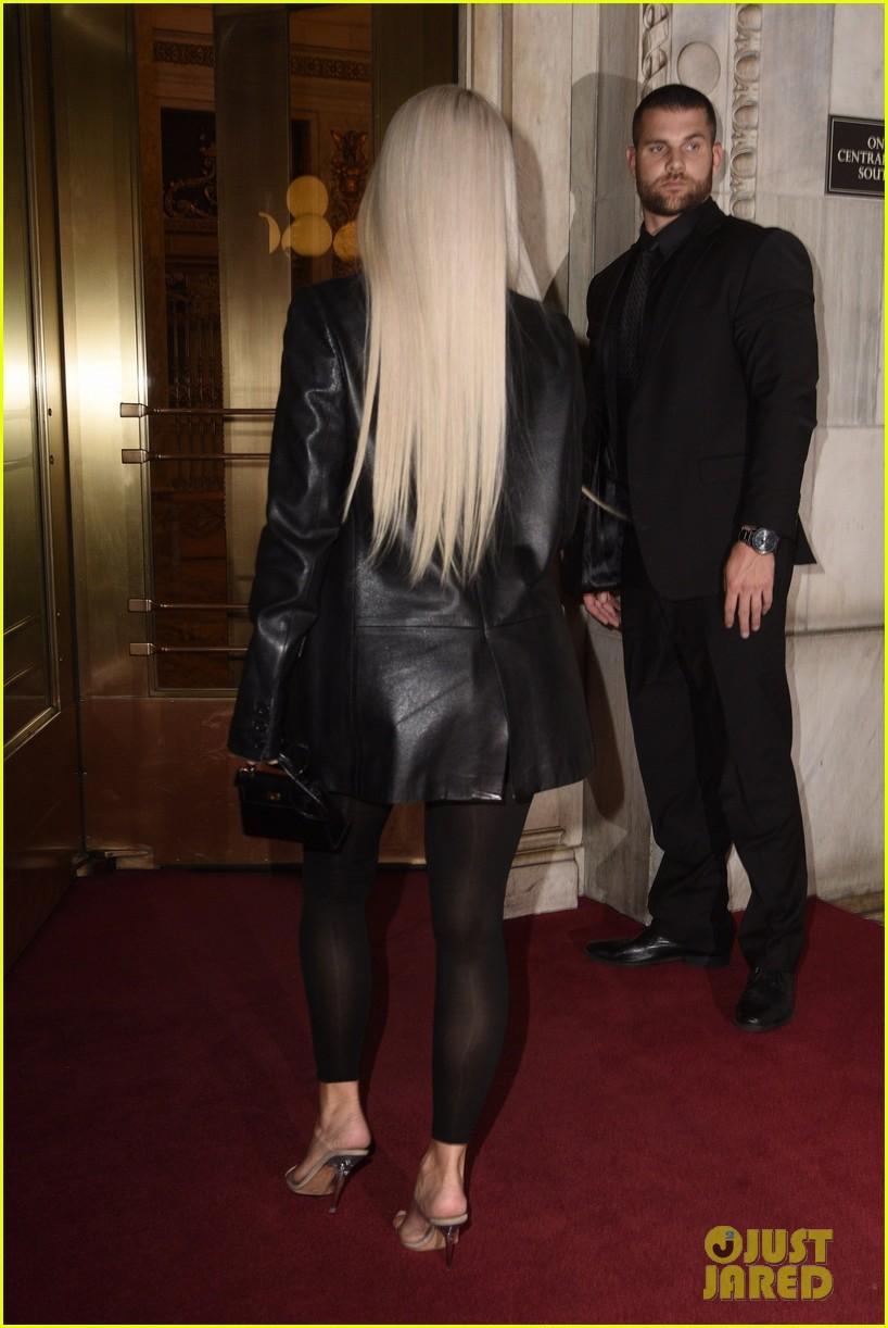 kim kardashian completely sheer leggings 01a3954682