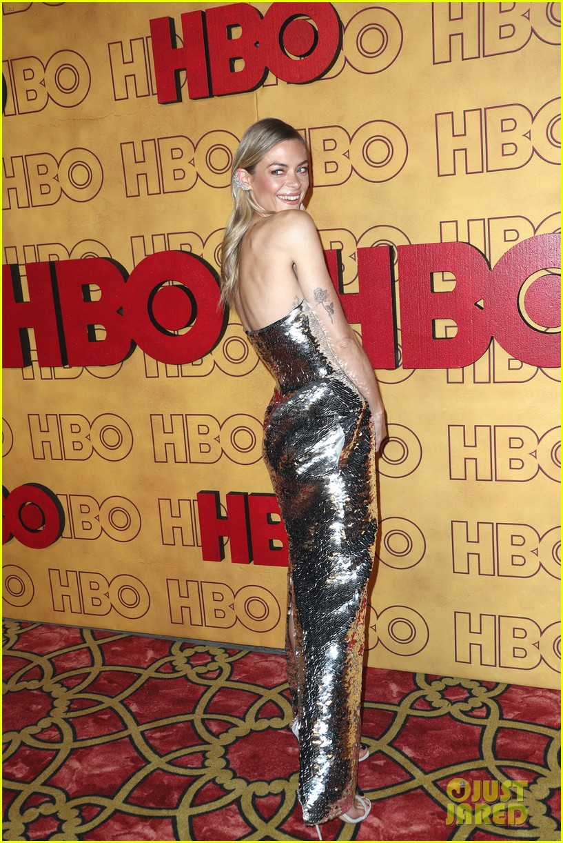 jaime king busy philipps brittany snow step out for hbos emmys 013959990
