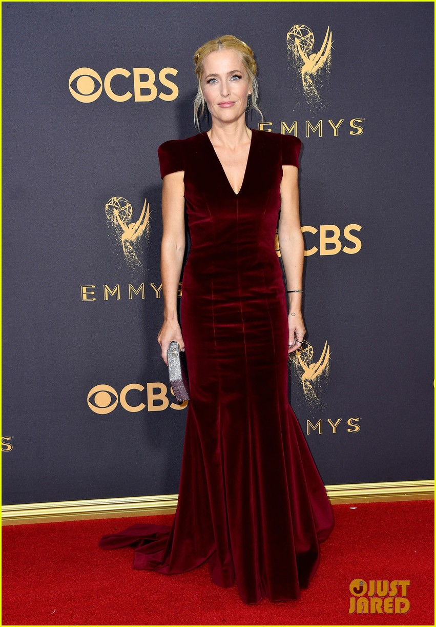 regina king edie falco step out in style for emmys 2017 083959707