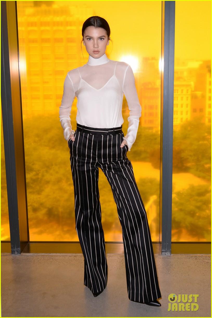 karlie kloss nina agdal continue their fashion fun during nyfw 053954953