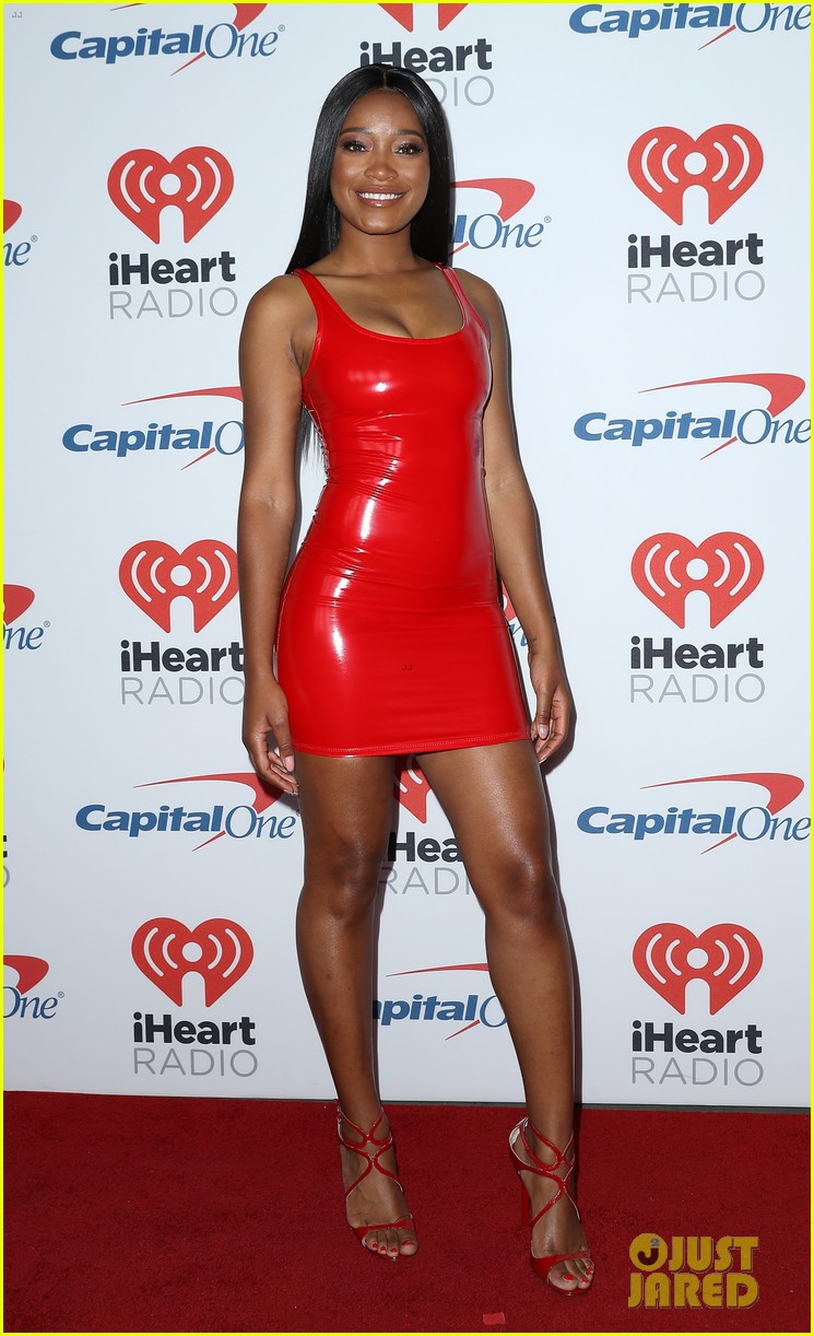 taylor lautner keke palmer are scream queens at iheartradio music festival 013963509