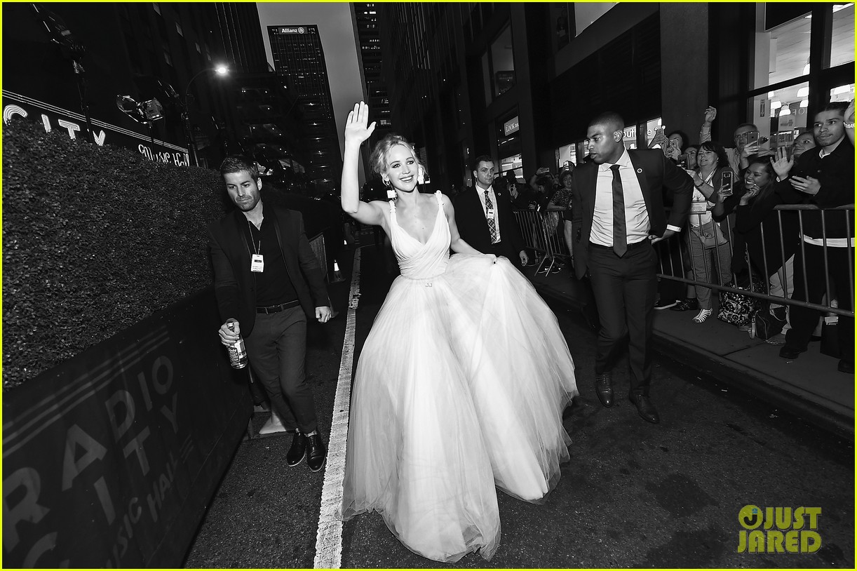 jennifer lawrence darren aronofsky mother nyc premiere 123956794