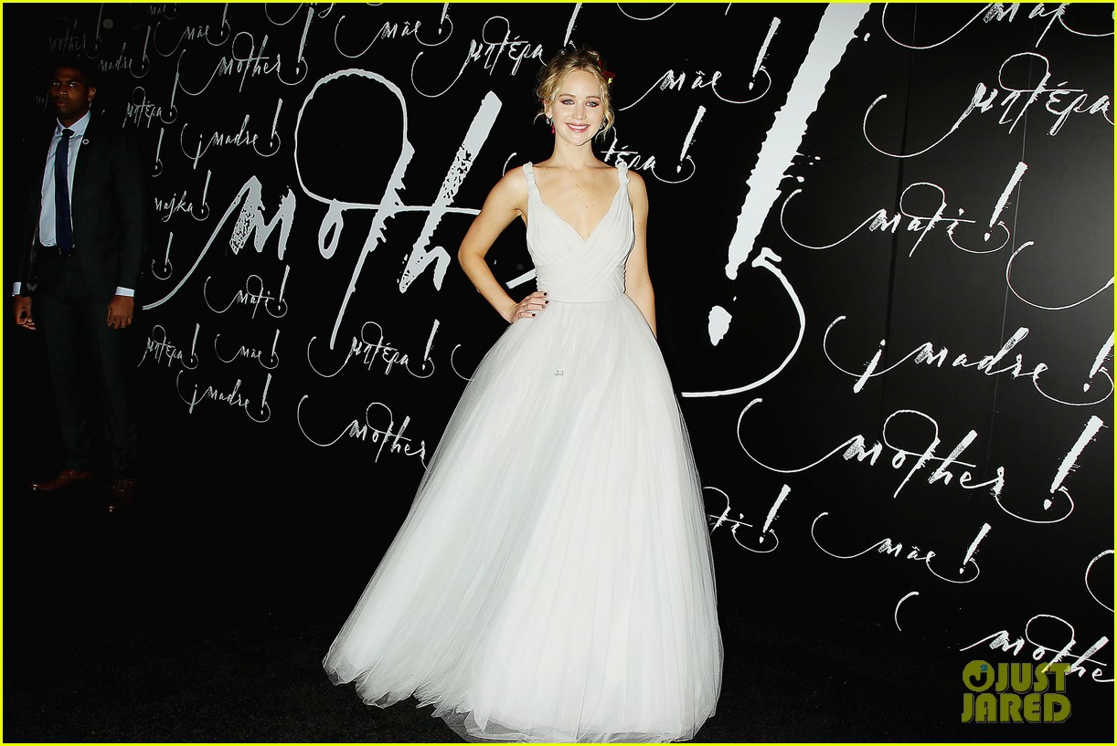 jennifer lawrence darren aronofsky mother nyc premiere 213956803