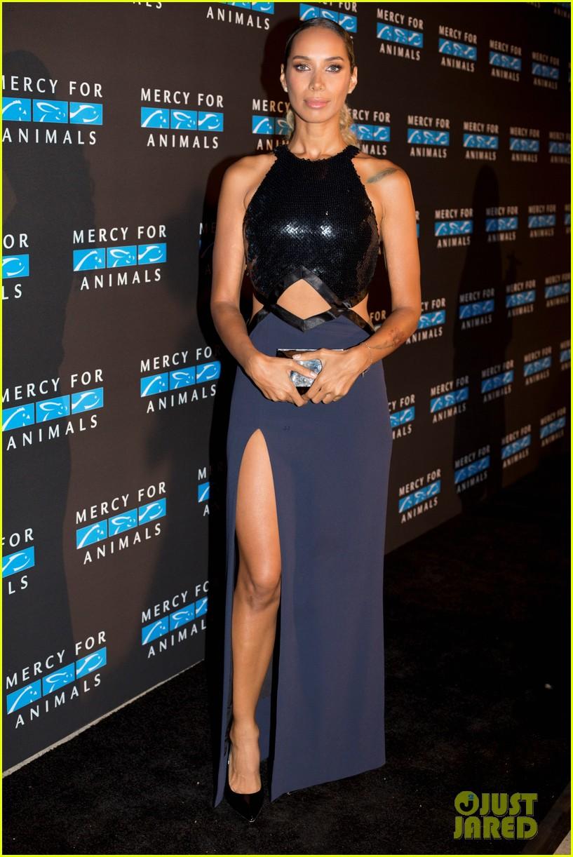 Leona Lewis Honors Diane Warren At Mercy For Animals Event Photo 3963854 Dianne Warren