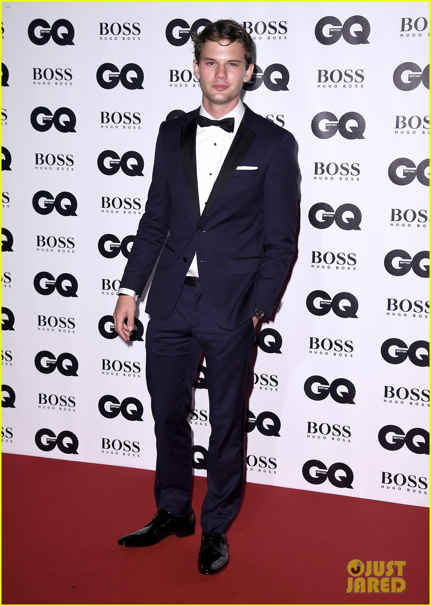 jared leto wears signature gucci style at gq men of the year awards 173950590