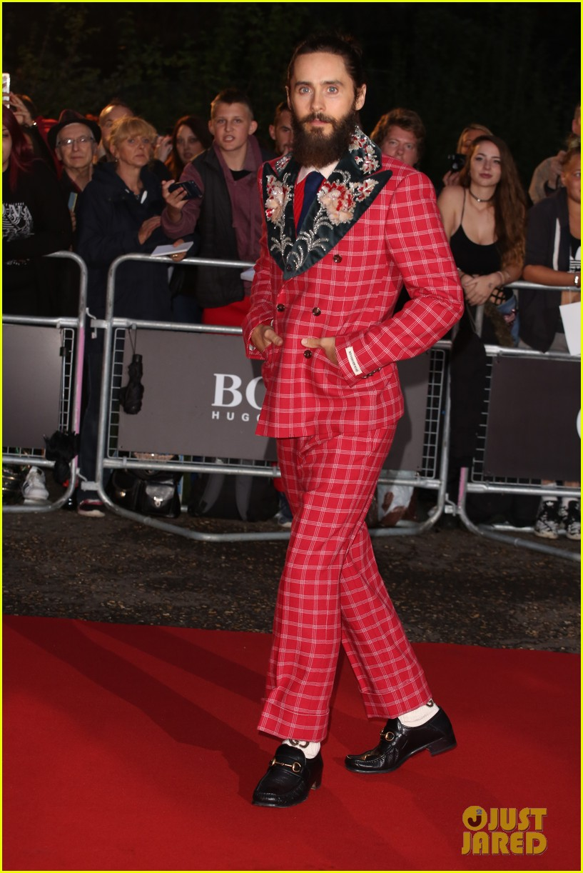 jared leto wears signature gucci style at gq men of the year awards 263950599