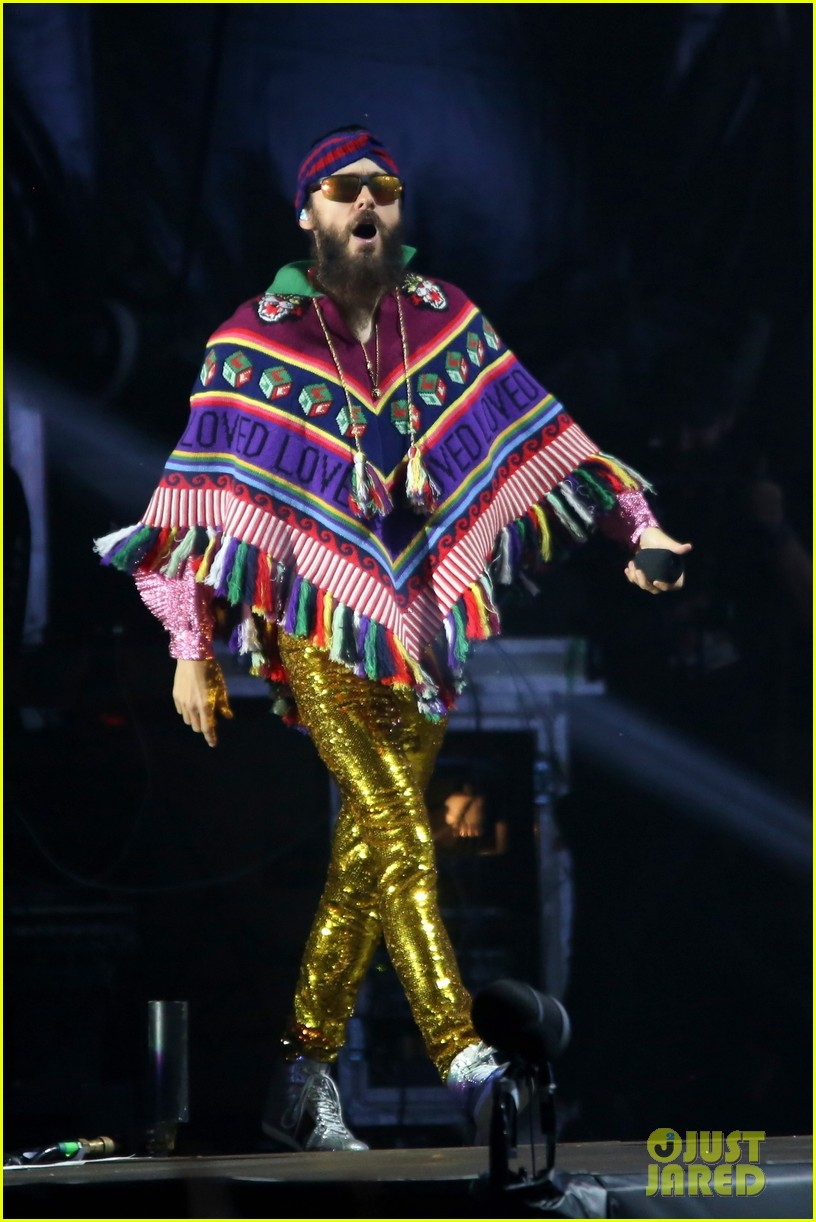 jared leto sparkles on stage at rock in rio music festival 2017 043963961