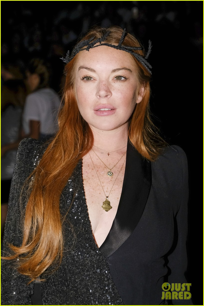 lindsay lohan shows off a lot of leg at london fashion week 173958244