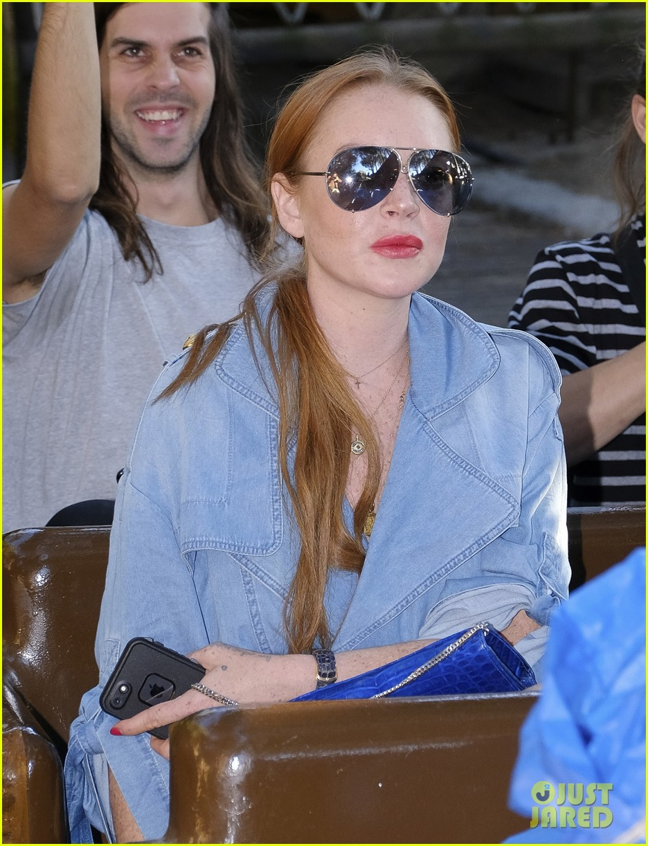 lindsay lohan shows off her street style during madrid fashion week 053960635