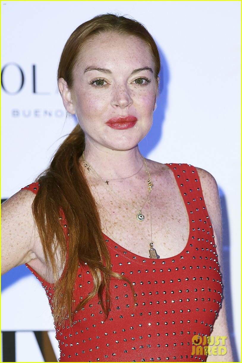 lindsay lohan shows off her street style during madrid fashion week 143960644