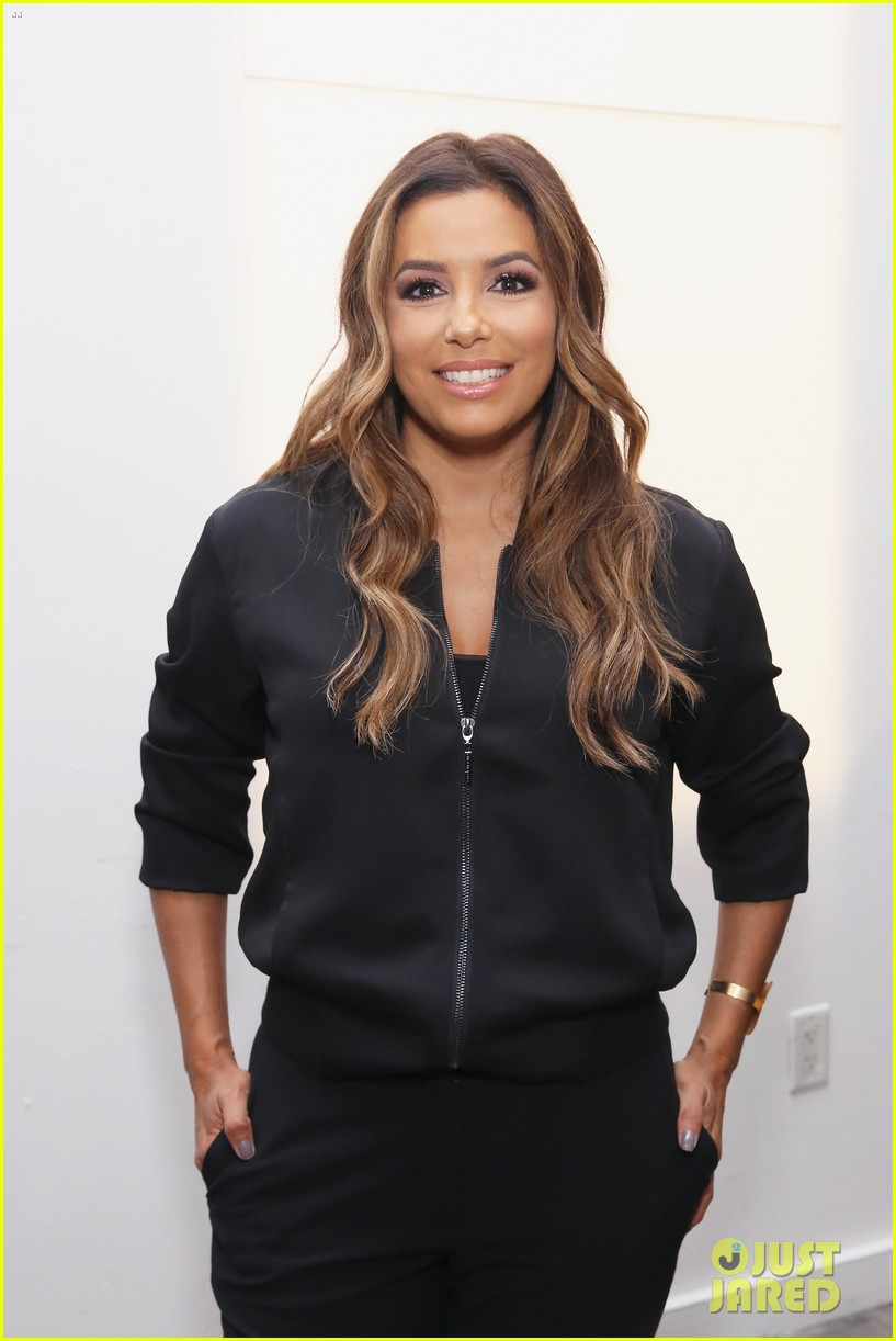 eva longoria debuts her new fashion collection at nyfw 083956618