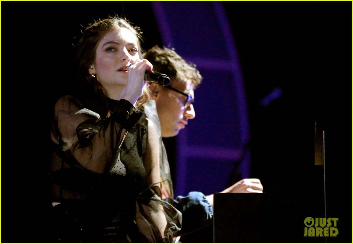 lorde brings special guests to iheartradio music festival 113963168
