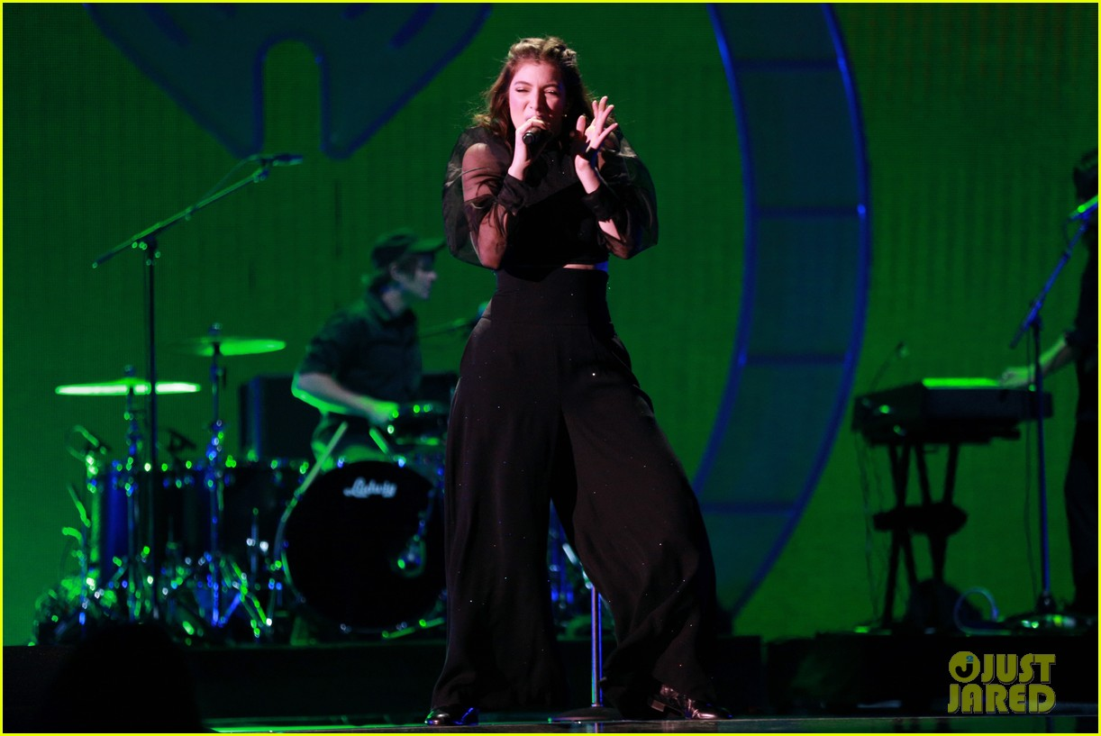 lorde brings special guests to iheartradio music festival 123963169