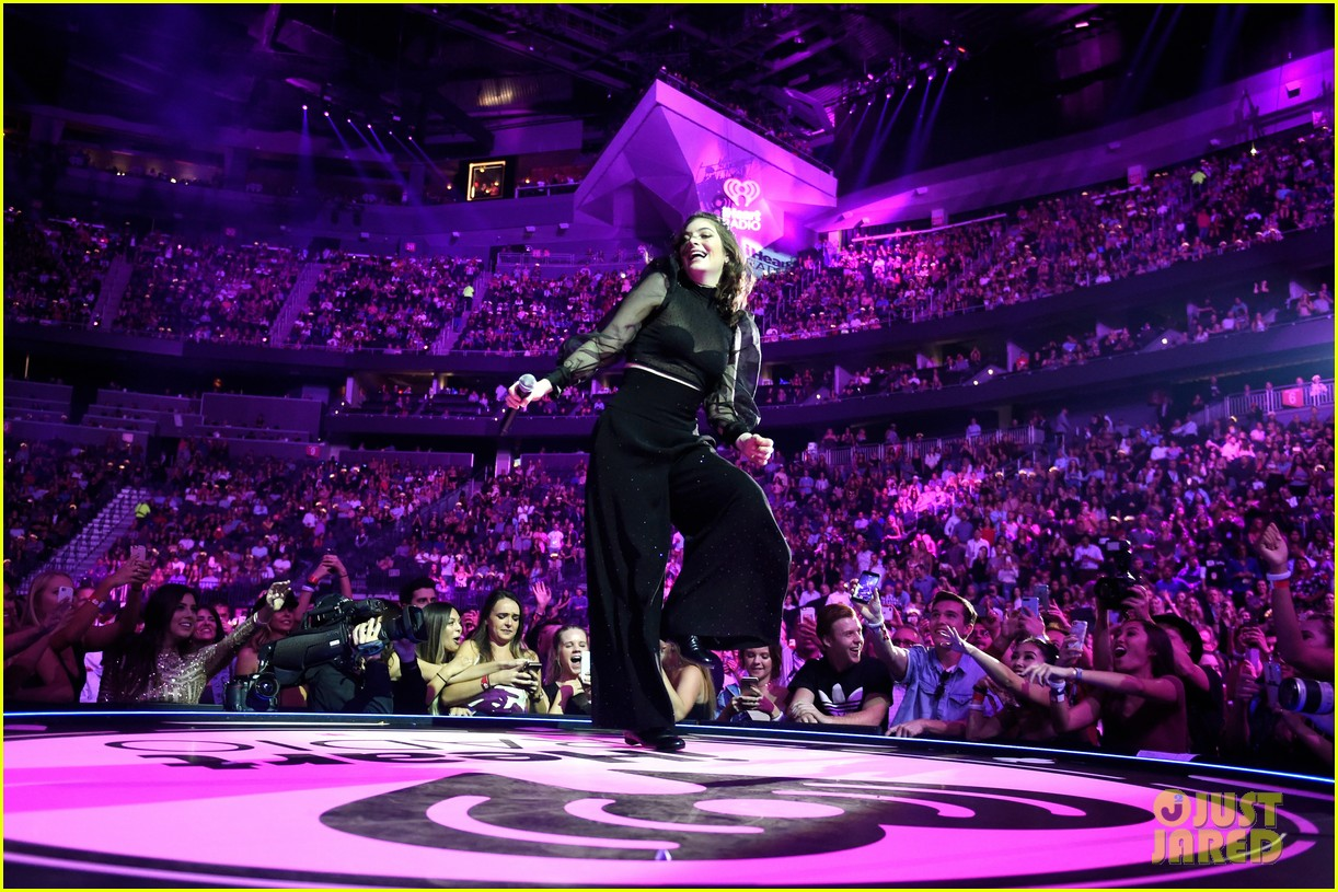 lorde brings special guests to iheartradio music festival 253963182