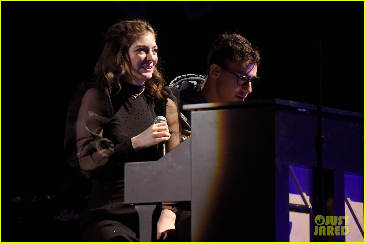 lorde brings special guests to iheartradio music festival 303963187