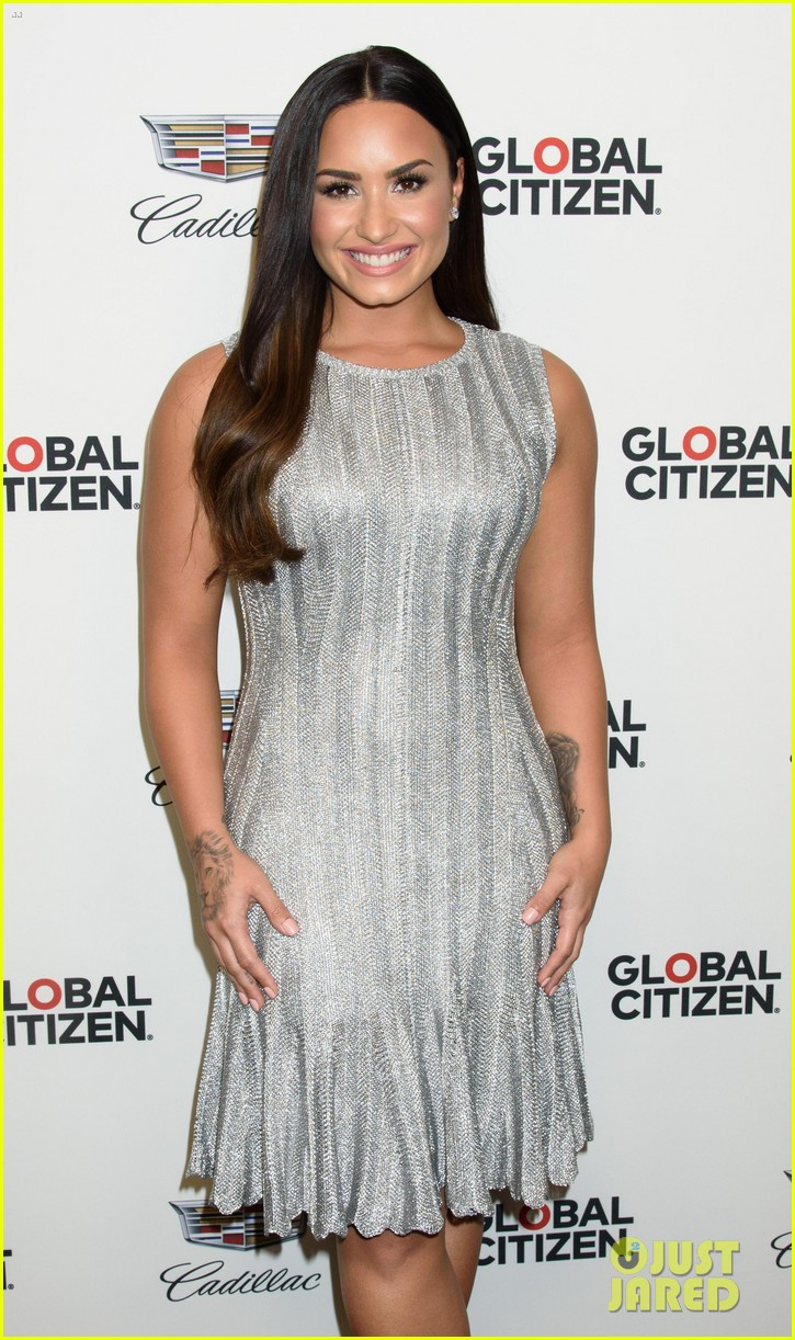 demi lovato dazzles at global citizen event in nyc 083962325