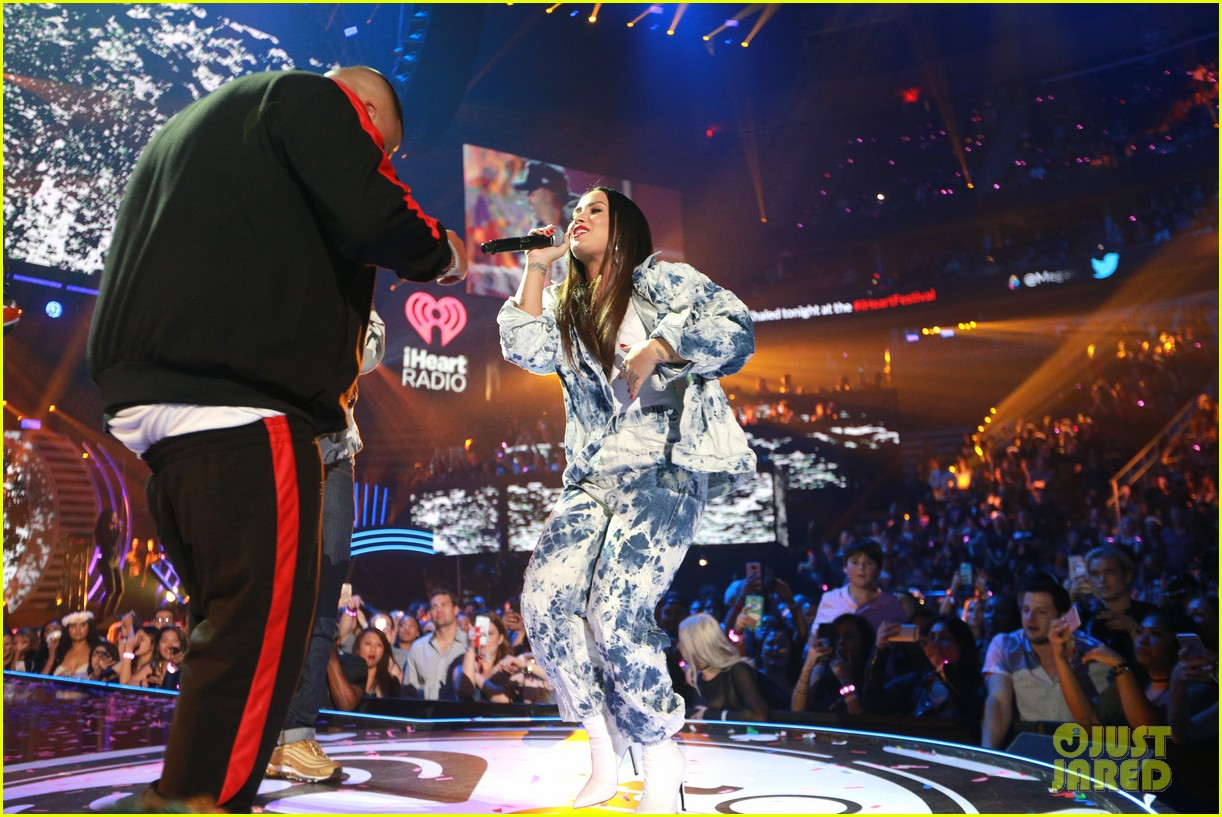 demi lovato jet sets for surprise iheartradio performance 163963593