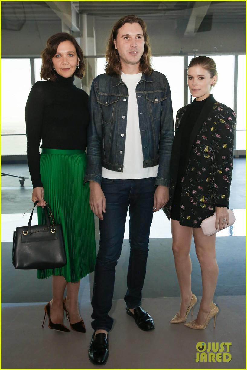 kate mara elisabeth moss fashion week 033952988