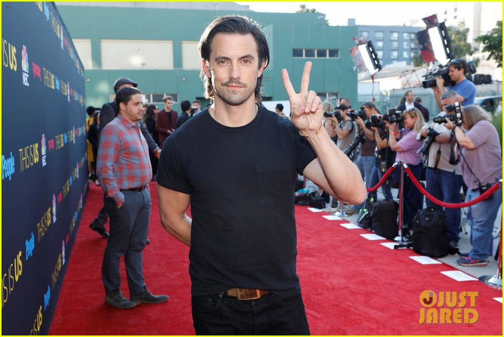 milo ventimiglia joins this is us costars at season 2 premiere 053965011