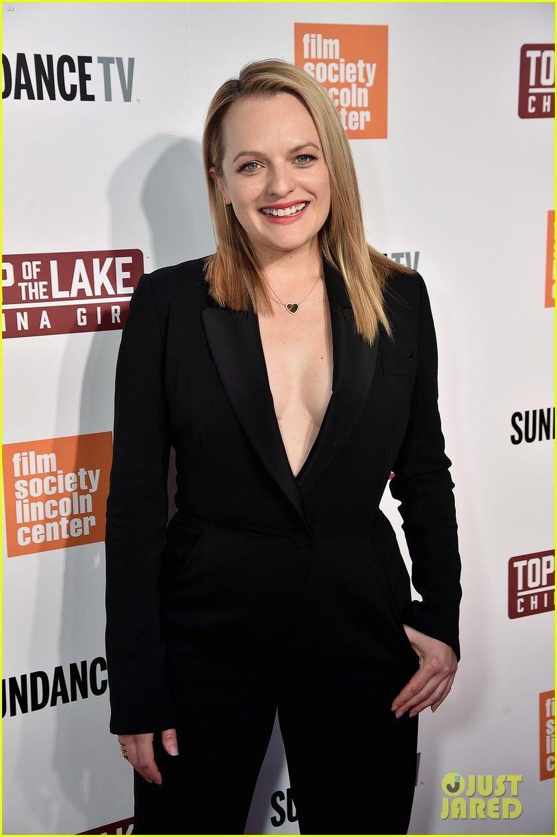 elisabeth moss gwendoline christie alice englert premiere top of the lake china girl 023952609