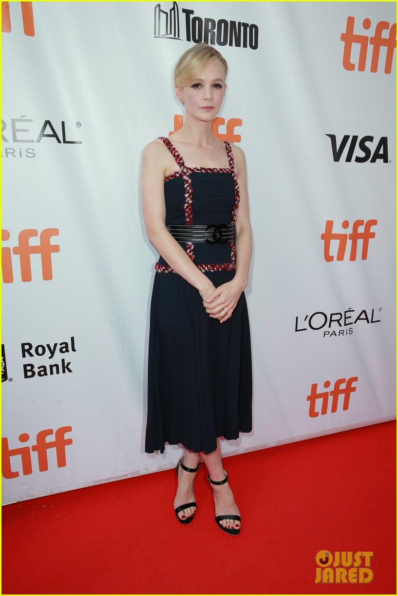 carey mulligan attends tiff premiere after welcoming second child 013955824
