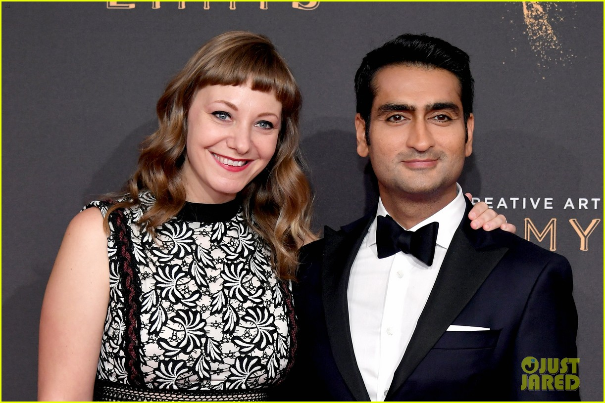 kumail nanjiani emily v gordon couple up for emmy awards 053959760