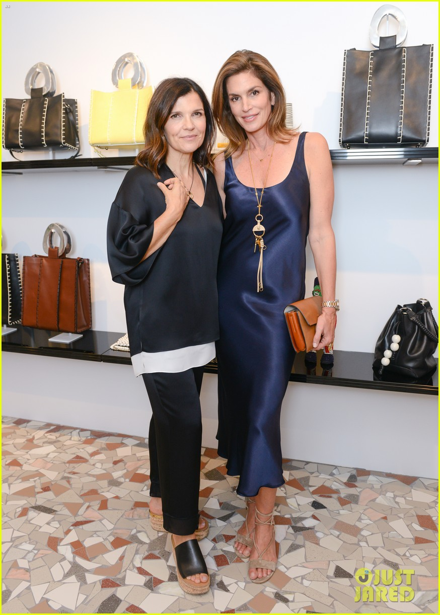 ashley cindy crawford celebrate edun store opening 013956863