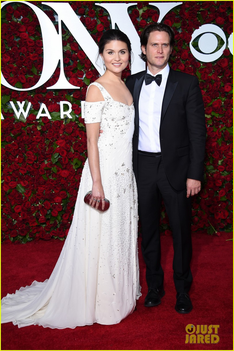 steven pasquale phillipa soo are married 033963753