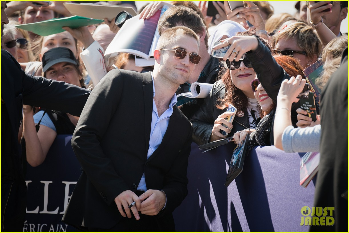 robert pattinson debuts new buzz cut at deauville film fest 153949394