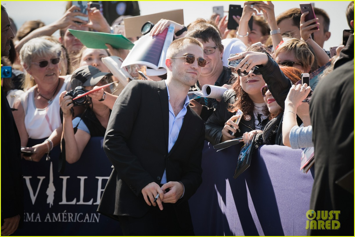 robert pattinson debuts new buzz cut at deauville film fest 173949396