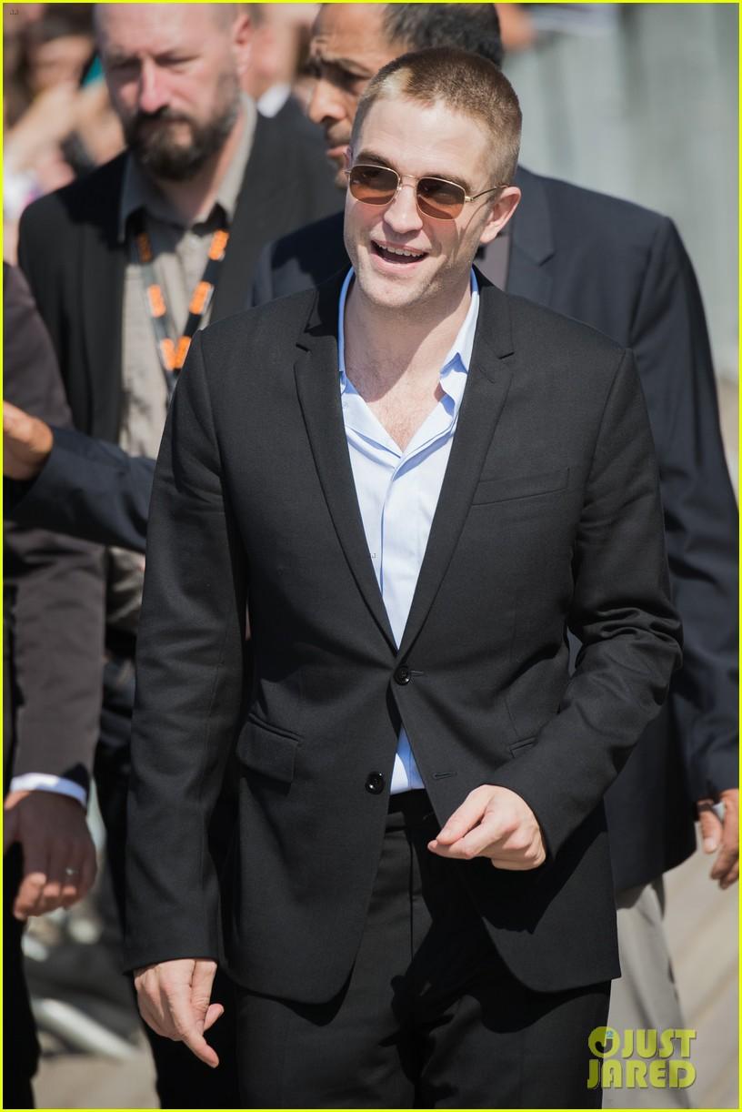 robert pattinson debuts new buzz cut at deauville film fest 233949402