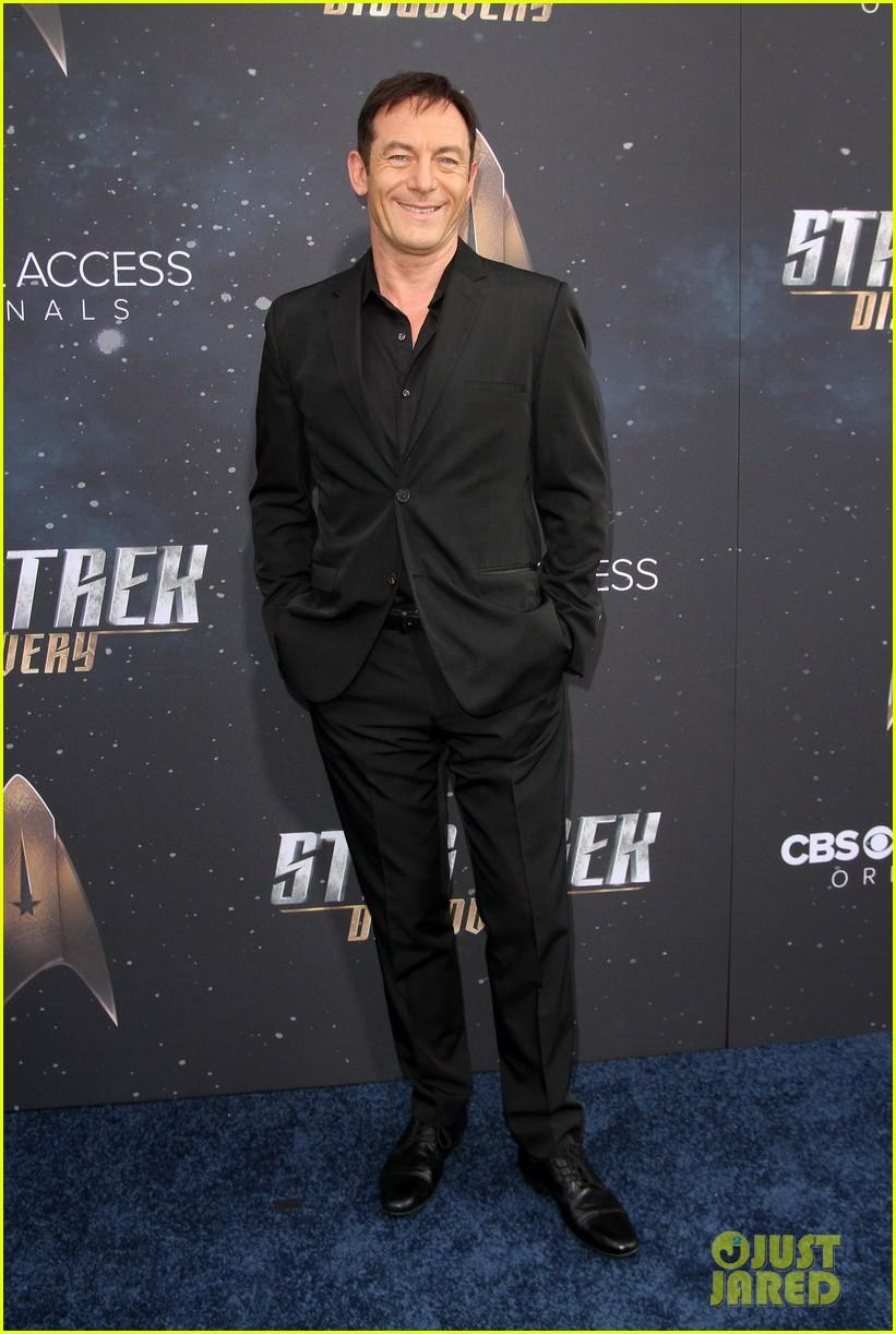 anthony rapp wilson cruz talk gay romance in star trek discovery 593961351
