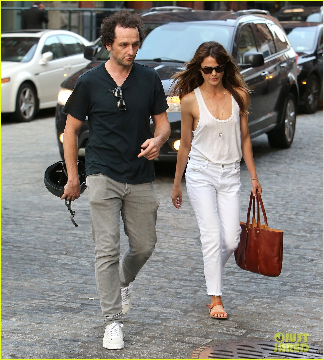 matthew rhys keri russell grab dinner in nyc 013952270