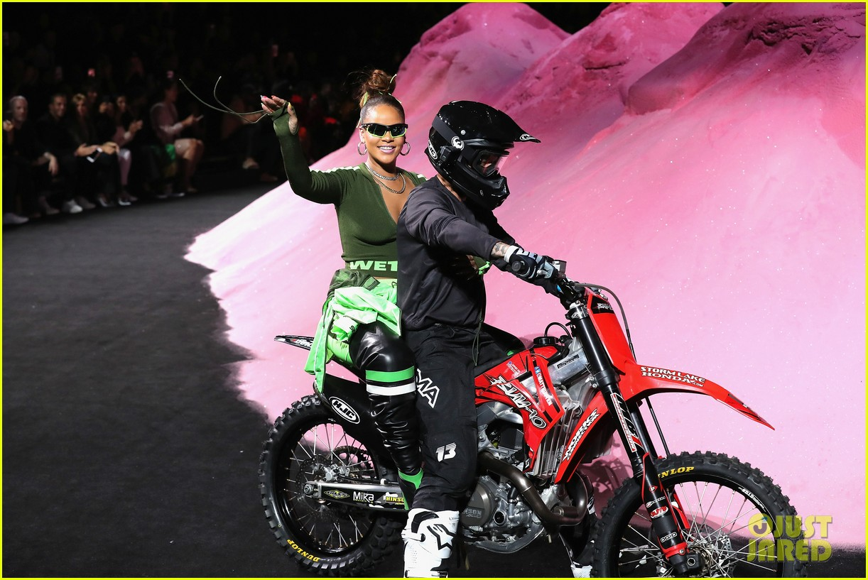 rihanna closes the fenty x puma fashion on a motorcycle 013954563