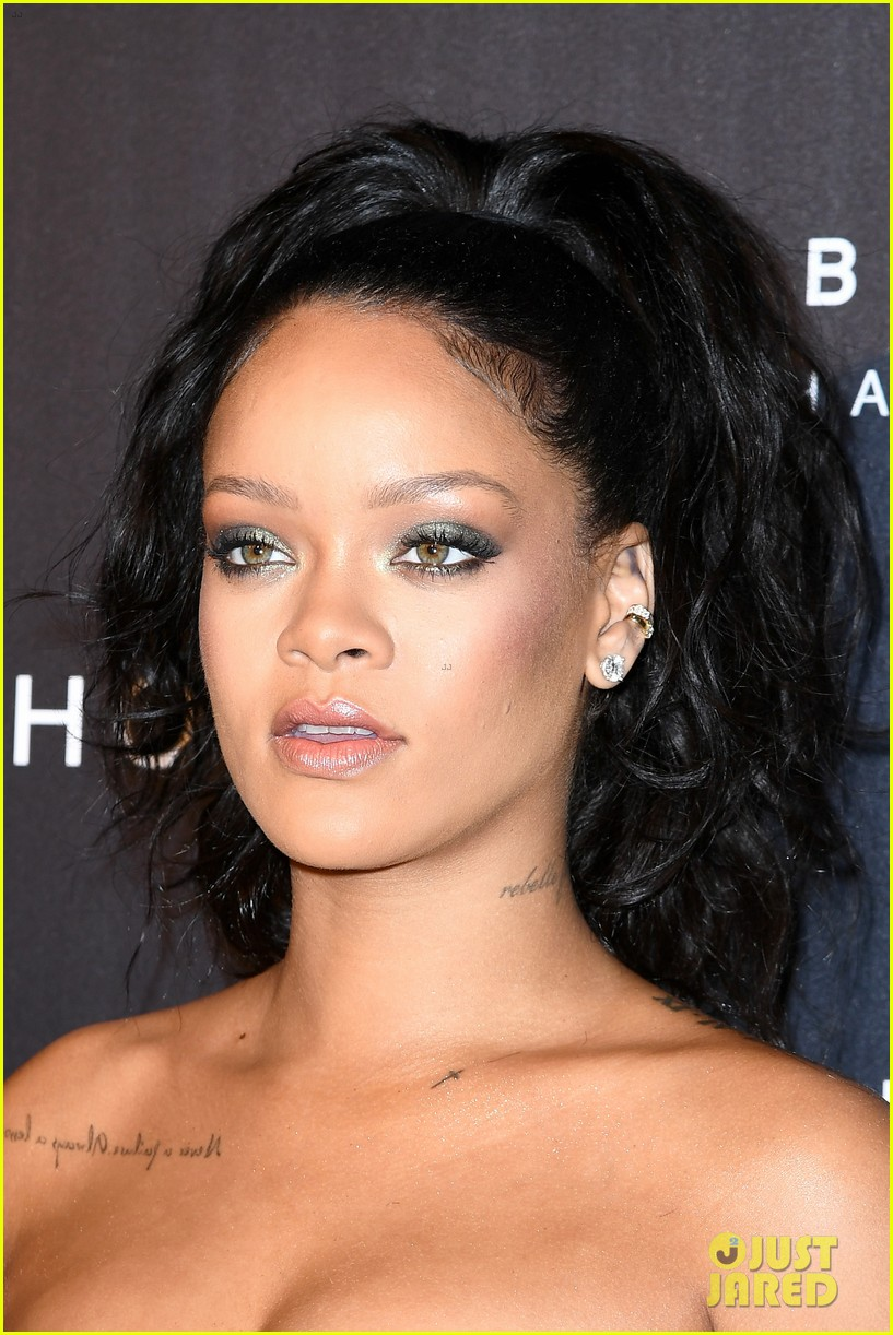 rihanna fenty beauty launch paris 053962142