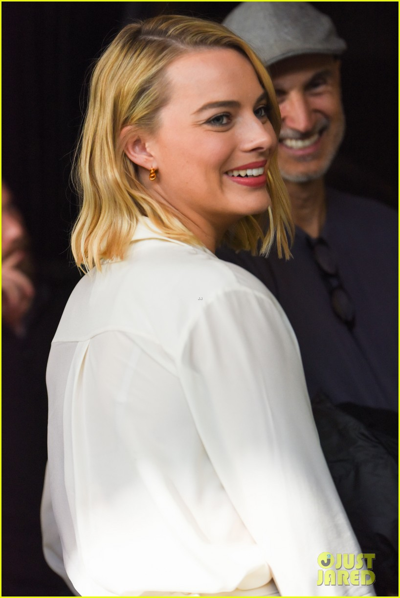 margot robbie armie hammer promote their new movies at tiff 153953890