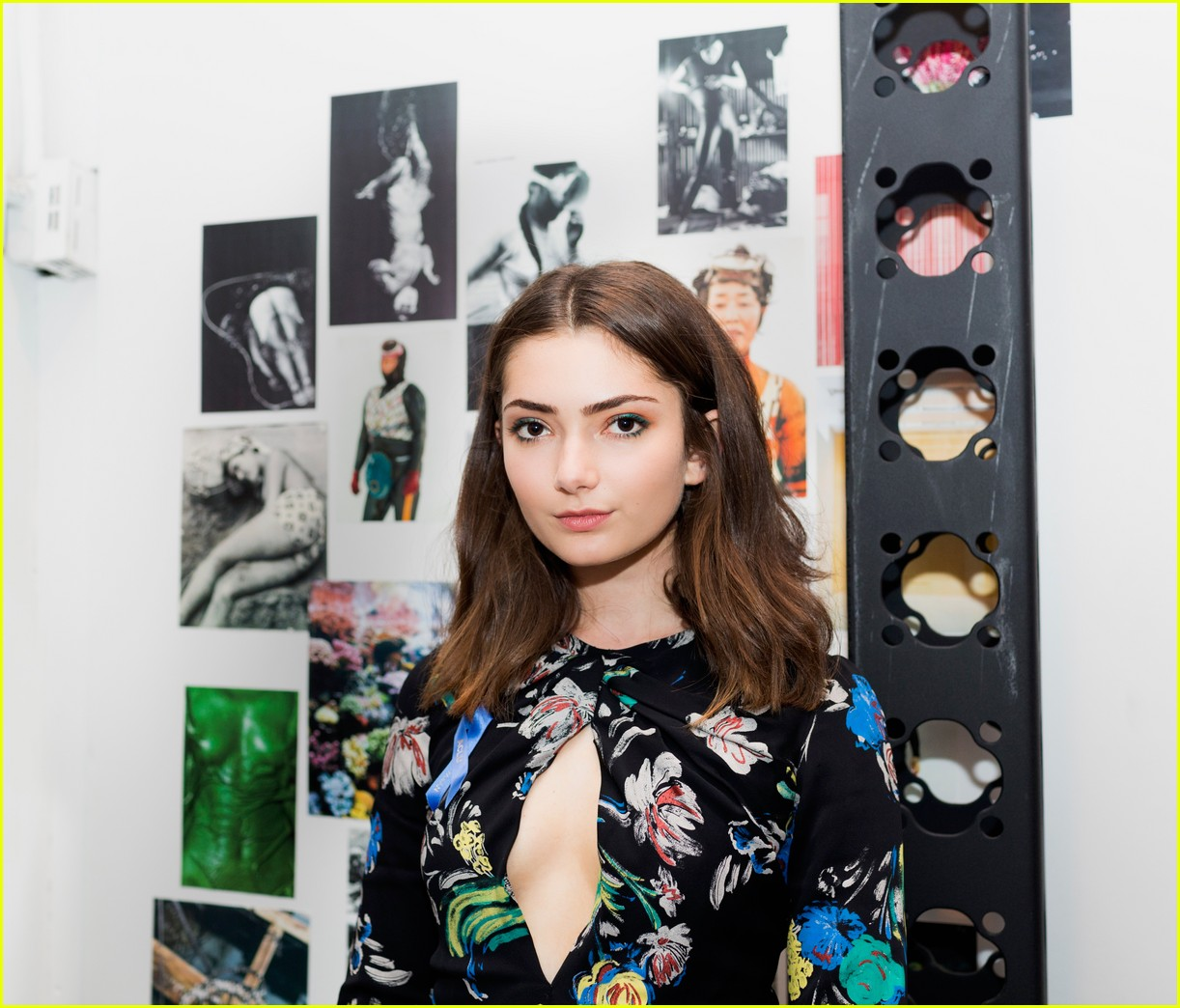 emily robinson takes nyfw by storm 013957058