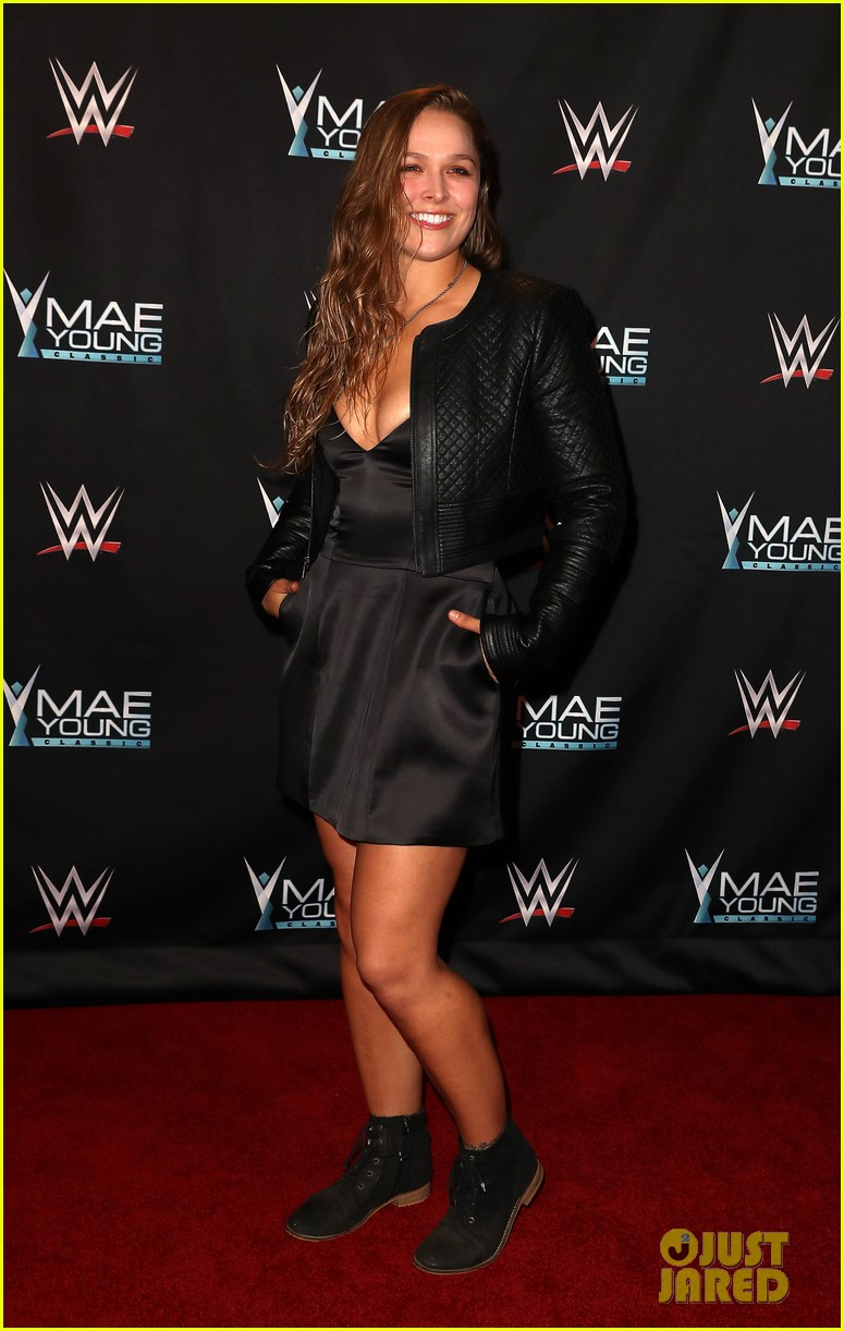 ronda rousey attends first event since tying the knot 063956239