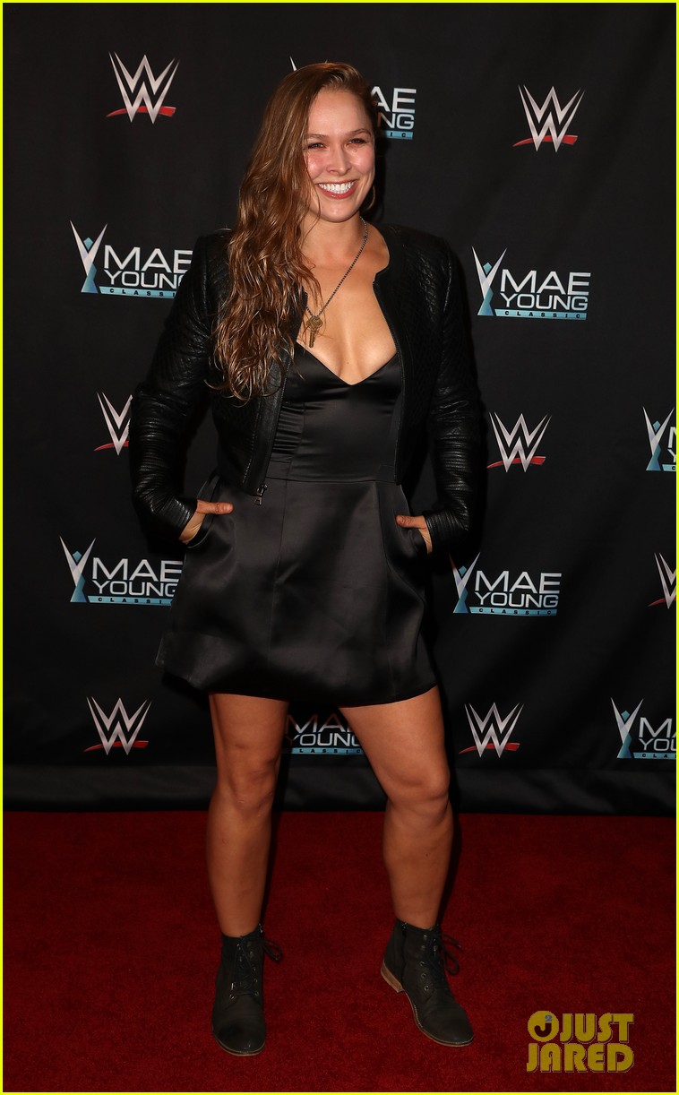 ronda rousey attends first event since tying the knot 083956241