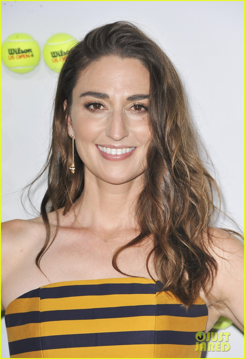sara bareilles joe tippett red carpet 043958864